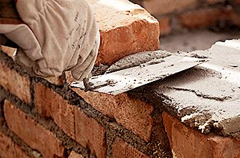 Resina para argamassa: entenda como ela pode ser útil para obras com prazos reduzidos